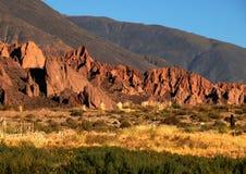 Luz solar da noite em montanhas Imagem de Stock Royalty Free
