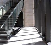 Luz solar em escadas imagem de stock