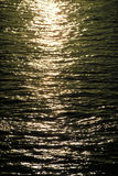 Luz solar na água Fotografia de Stock Royalty Free