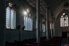 Luz solar na igreja Fotos de Stock Royalty Free