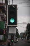 Luz verde na estrada Fotos de Stock Royalty Free