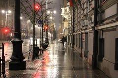 Luz vermelha da noite da cidade Imagem de Stock Royalty Free