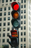 Luz vermelha - não ande Fotos de Stock