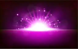 Luz violeta brilhante que aumenta do horizonte preto ilustração stock