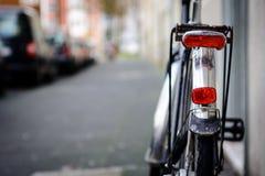 Luz y reflector de una bici imagenes de archivo
