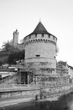 Luzern stadsvägg med det medeltida tornet Royaltyfri Bild