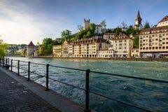 LUZERN SZWAJCARIA, MAJ, - 20: Luzern jeziorny widok dalej może 20,2016 Zdjęcie Royalty Free