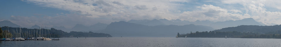 Luzerne de panorama de lac images libres de droits