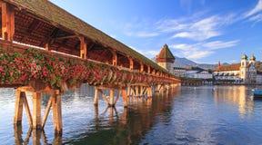 Luzerne, früher Morgen lizenzfreie stockfotografie