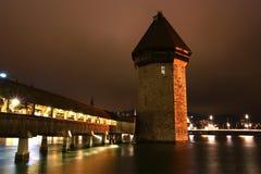 Luzerne, Zwitserland, stadsmening bij nacht Stock Afbeelding