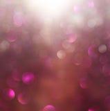 Luzes abstratas borradas e texturas marrons e roxas do bokeh a imagem é defocused fotografia de stock