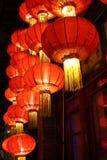 Luzes brilhantes da noite imagem de stock