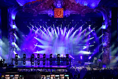 Luzes coloridas da fase no concerto Foto de Stock Royalty Free