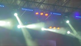 Luzes coloridas do concerto vídeos de arquivo