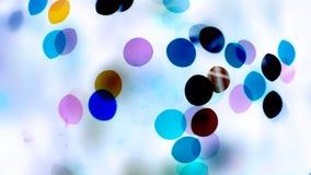 Luzes coloridas no fundo branco vídeos de arquivo
