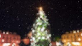 Luzes da árvore de Natal piscar borradas video estoque