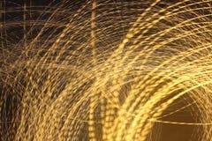 Luzes da cidade em um tiro longo da exposição Fotografia de Stock Royalty Free
