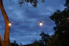 Luzes da corda em um partido do sommer Imagem de Stock