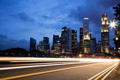 Luzes da noite da arquitectura da cidade Imagens de Stock