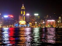 Luzes da noite - Hong Kong Harbor fotografia de stock