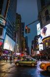 Luzes da propaganda em ruas de Manhattan Foto de Stock