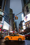 Luzes da propaganda em ruas de Manhattan Imagens de Stock