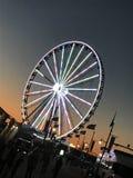 Luzes da roda de ferris da noite Foto de Stock Royalty Free