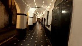 Luzes de Chistmas na arcada na noite filme