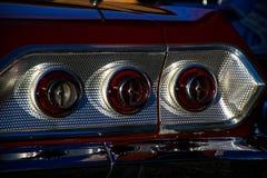 Luzes de freio retros do carro ou luzes da cauda fotografia de stock
