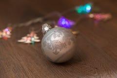 Luzes de Natal e bolas de vidro Imagens de Stock Royalty Free