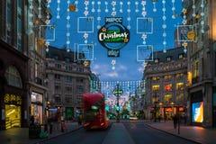 Luzes de Natal na rua de Oxford, Londres, Reino Unido Fotografia de Stock Royalty Free