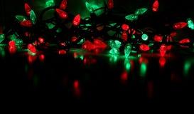 Luzes de Natal vermelhas e verdes Fotografia de Stock Royalty Free