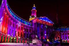 Luzes do feriado da construção de Denver City e do condado imagens de stock royalty free