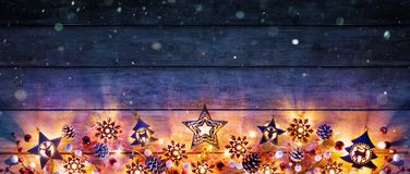 Luzes e decoração de Natal imagens de stock royalty free