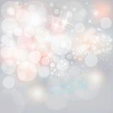 Luzes & estrelas de prata em Grey Christmas Holiday Background neutro imagens de stock royalty free