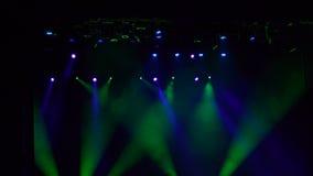 luzes Multi-coloridas da fase, mostra clara no concerto video estoque