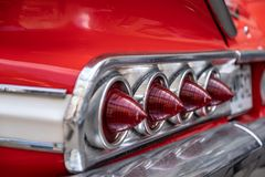 Luzes traseiras do carro retro, luzes do close-up do vintage imagem de stock
