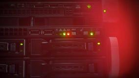 Luzes vermelhas e verdes instantâneas no servidor vídeos de arquivo