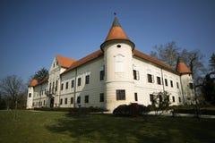 Luznica slott nära Zapresic Fotografering för Bildbyråer