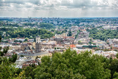 Lviv, της Ουκρανίας παλαιό πανόραμα άποψης πόλεων τοπ Στοκ Φωτογραφία