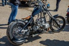 LVIV, DE OEKRAÏNE - APRIL, 2016: Oude manier uitstekende motorfiets Royalty-vrije Stock Afbeelding