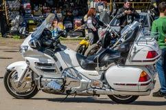 LVIV, DE OEKRAÏNE - APRIL, 2016: Oude manier uitstekende motorfiets Royalty-vrije Stock Fotografie