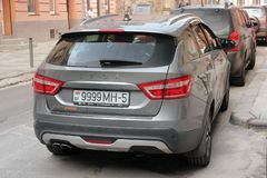 Lviv, de Oekraïne - Augustus 37, 2018: Nieuwe auto Lada Vesta royalty-vrije stock foto