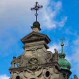 Lviv - 15 November: De belangrijkste voorgevel de Kathedraal van Bernardine, 15 November, 2015 in Lviv, de Oekraïne Stock Afbeelding