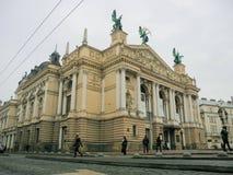 Lviv operahus arkivbild