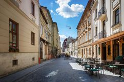 Lviv stadssikt av den gamla gatapanoraman Lviv Ukraina Fotografering för Bildbyråer