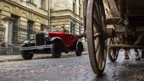 Lviv, Ucrânia - 27 de junho de 2017: Anos soviéticos do carro 30 xx GAZ-A Fotos de Stock
