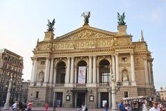 Lviv Ukraina - Augusti 25, 2018: Lviv teater av operan och balett arkivfoton