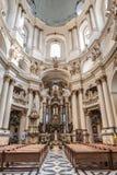 Lviv, UKRAINA, Luty 27, 2017: wnętrze Katolicka katedra Zdjęcie Stock