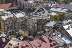 LVIV UKRAINA, PAŹDZIERNIK, - 02, 2016: Lviv miasto od above centrala Zdjęcie Stock